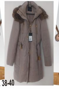 Nowy zimowy beżowy płaszcz kurtka top secret rozmiar M L