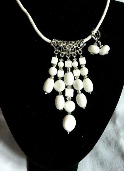 Komplety Biały koral efektowny wisior i kolczyki zestaw biżuterii