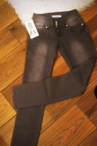 Spodnie jeansy szare rozm 26...