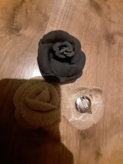 Broszki Nowe broszki materiałowe kwiaty róże