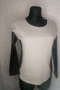 Bluzeczka z długim rękawem...