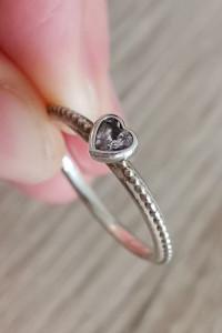 Pandora oryginalny srebrny pierścionek z sercem S925 ALE 58