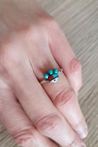 Zuni indiański stary srebrny pierścionek intarsje