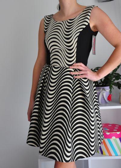 Suknie i sukienki Nowa sukienka rozkloszowana