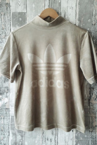 Adidas welurowy t shirt...