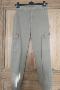 Spodnie ze ściągaczem