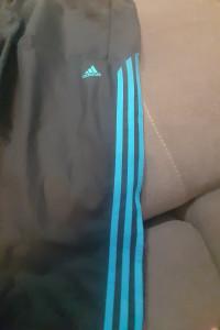 Piękne stylowe spodnie bardzo dobry stan Adidas M...