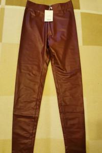 Spodnie skórzane BERHSKA...
