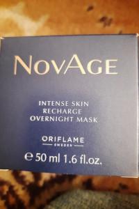 Maseczka intensywne nawilżanie NoVage 8 godzin snu z Oriflame...