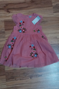 Nowa sukienka z metkami Primark...