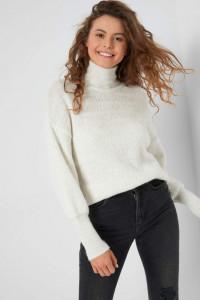 Nowy biały sweter Orsay M 38 puchaty golf włóczkowy klasyczny e...