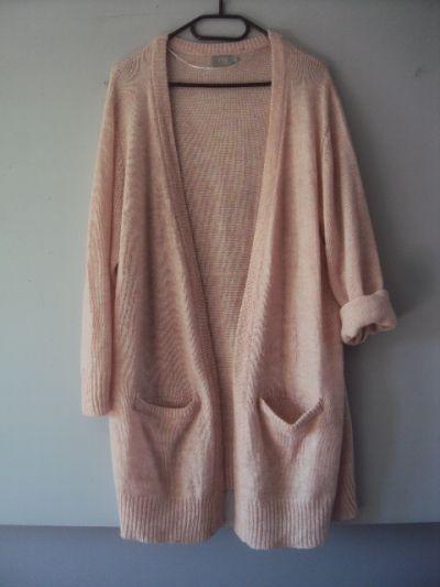 Swetry kardigan z kieszeniami
