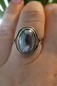 pierścionek srebrny z hematytem...