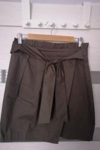spódnica khaki...