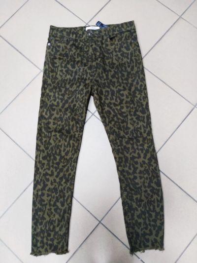 Spodnie Spodnie jeansy zieleń zielone panterka Zara Women 42 XL