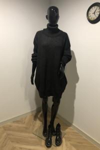 Swetrowa sukienka z wysokim golfem Sinsay L