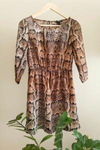 Śliczna sukienka wężowy print S M sukienka na co dzień...