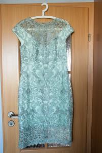 Krótka koronkowa sukienka wizytowa Tadashi Shoji...