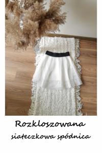 Rozkloszowana spódnica one size S M L biała siateczkowa...