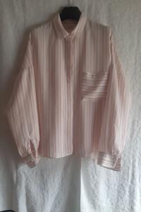 Biała bluzka koszulowa w paski pudrowy róż oversize...