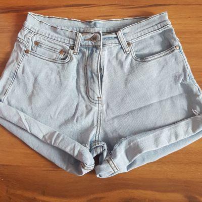 Spodenki Spodenki krótkie szorty jeansowe jeansy Cotton Traders wysoki stan zawijane vintage M 38 jasny jeans