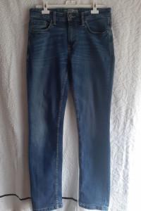 Niebieskie jeansy Clockhouse slim stretch...
