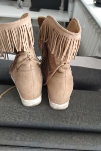 Sneakersy 40