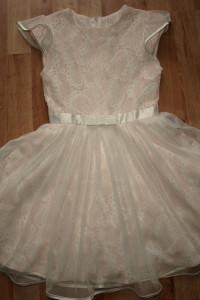 Sukienka rozm 134...