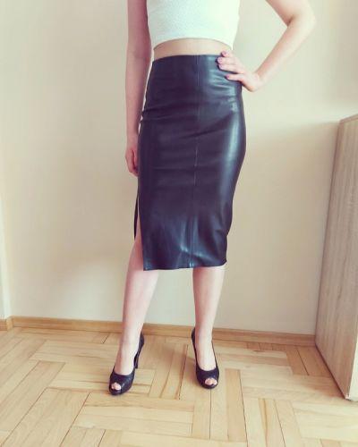 Spódnice Nowa czarna skórzana spódnica bershka 34 Xs