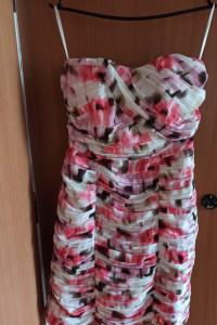 sukienka w kwiaty 38 H&M...