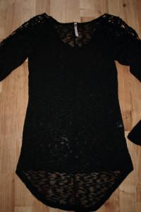 Czarny sweterek M...