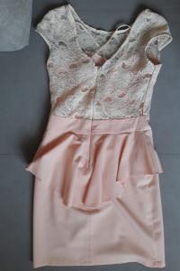 Sukienka baskinka pudrowy róz 36