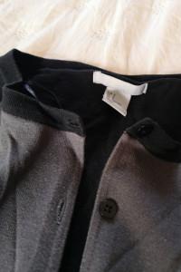 Szaro czarny sweter...
