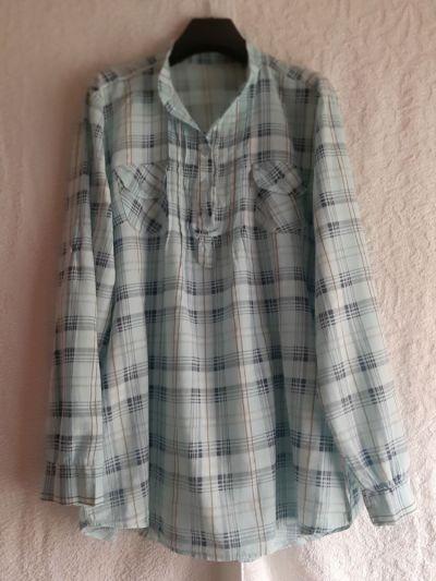 Bluzki Włoska szeroka bluzka koszulowa jasnoniebieska w kratkę rozmiar M L