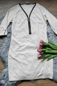 beżowa elegancka sukienka...
