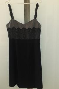 Sukienka na szelkach rozmiar M