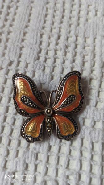 Broszki Srebrny motyl