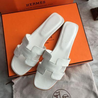 Klapki Hermes Oran Klapki Sandały Białe 36
