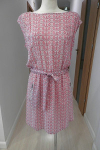 Sukienka Kremowa z Nadrukiem Wymarzona na Lato M L...