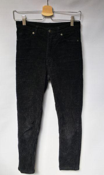 Spodnie Spodnie Czarne Sztruksowe Rurki Monki XS 34 Sztruks