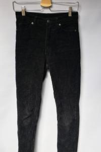 Spodnie Czarne Sztruksowe Rurki Monki XS 34 Sztruks