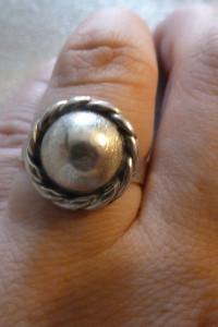 pierścionek srebrny wianuszek