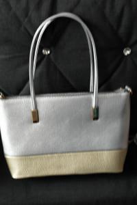 Nowa torebka srebrno złota...