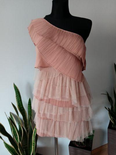Suknie i sukienki Sukienka jedno ramie falbanki tiulowe