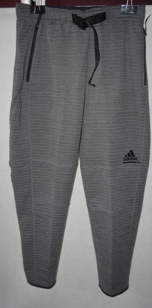 Dresy 3 Spodnie dresowe Adidas M 40 42