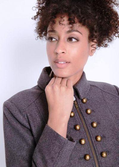 Odzież wierzchnia Szary płaszcz w stylu wojskowym ozdobne guziki 38 lub 40