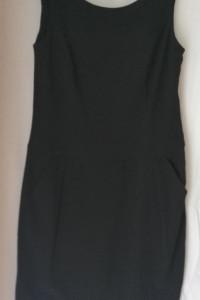 Czarna sukienka WALLIS 40...