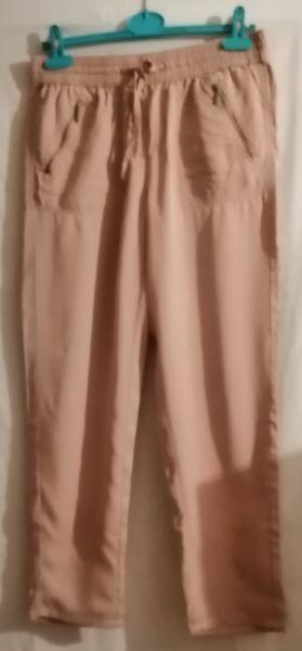 Spodnie Cienkie spodnie Marks i Spencer 38