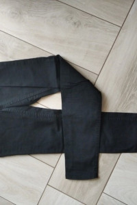 Czarne tregginsy H&M XS...