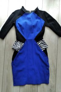 Geometryczna chabrowa sukienka River Island S...